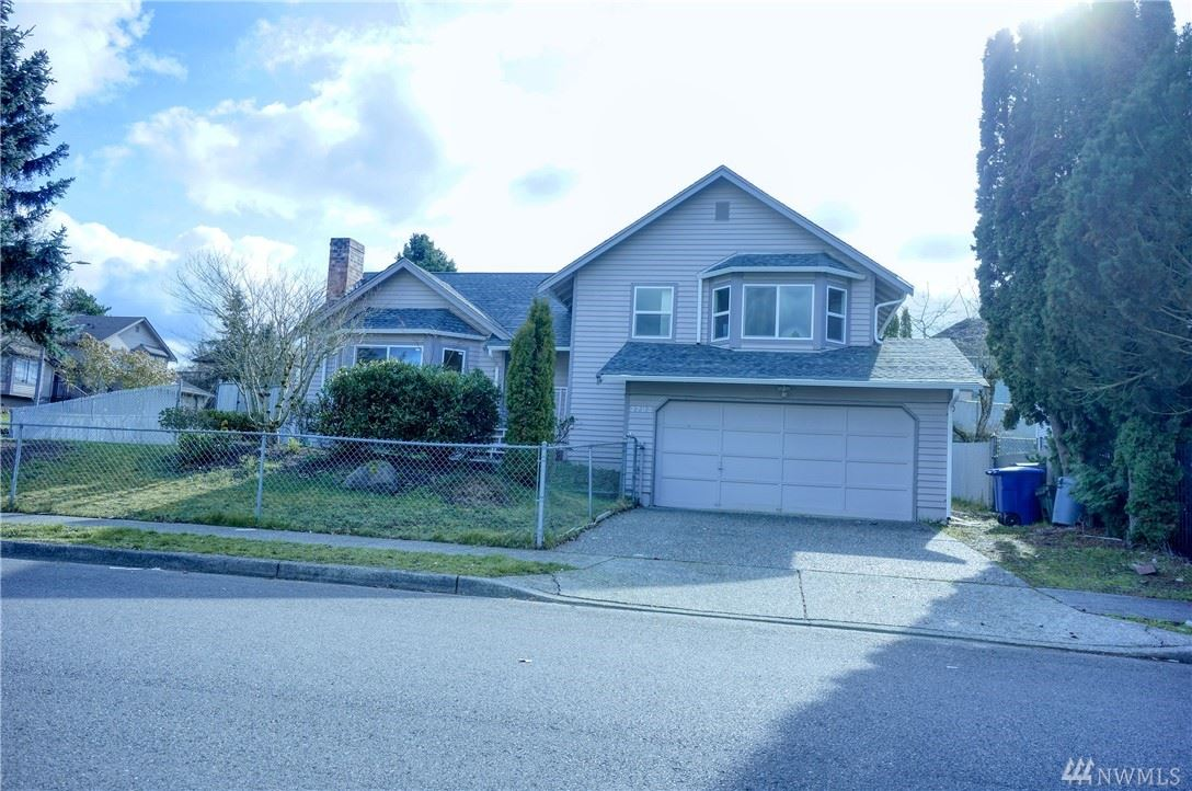 2703 NE 5th Place, Renton, WA 98056 - #: 1569608