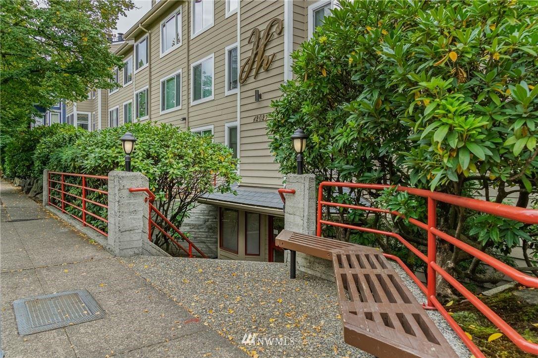 12027 15th Avenue NE #301, Seattle, WA 98125 - MLS#: 1836608