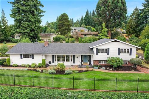 Photo of 9835 NE 34th Street, Bellevue, WA 98004 (MLS # 1835609)