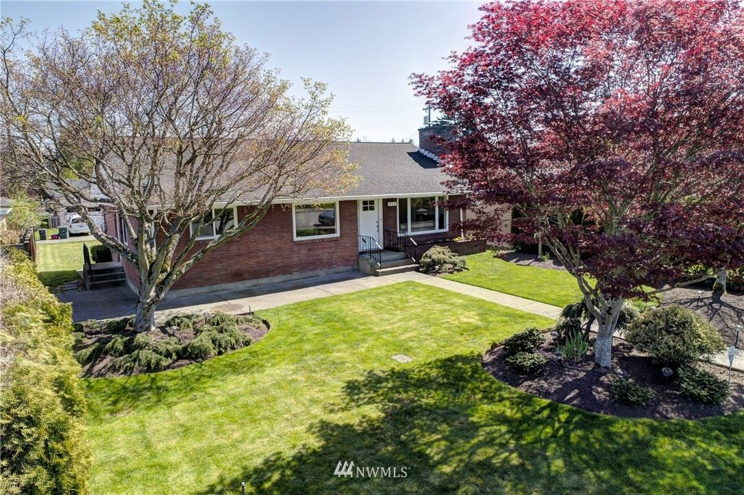 Photo of 811 Colby Ave, Everett, WA 98201 (MLS # 1760609)