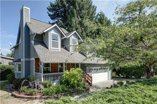 Photo of 16506 SE 39th Place, Bellevue, WA 98008 (MLS # 1649610)