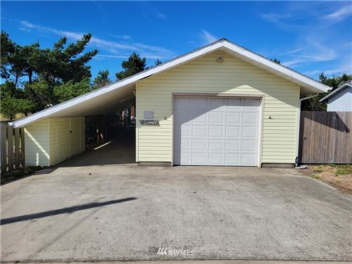 Photo of 609 336th Place, Ocean Park, WA 98640 (MLS # 1837610)