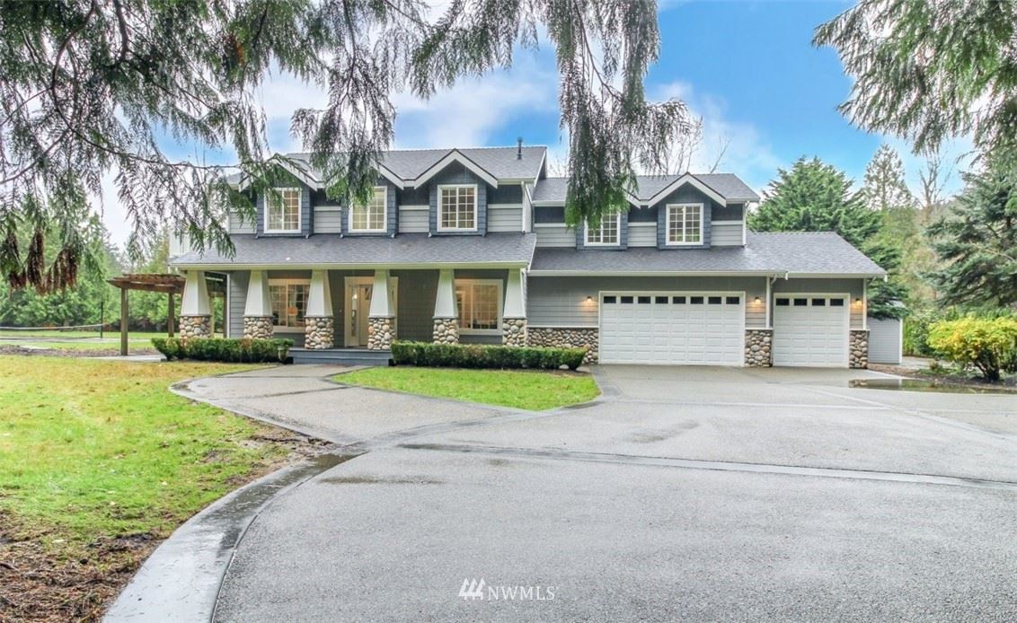 Photo of 12708 195th Place SE, Issaquah, WA 98027 (MLS # 1690610)