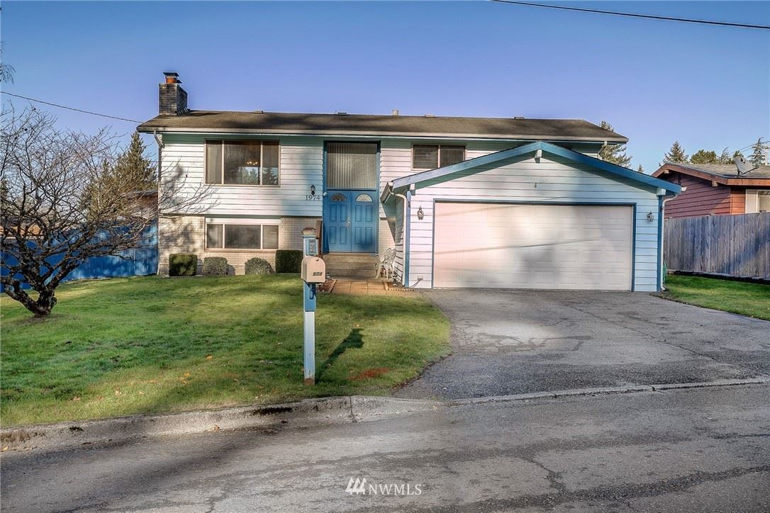 Photo of 1974 S 299th Place, Federal Way, WA 98003 (MLS # 1694611)