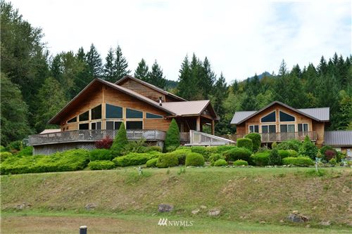 Photo of 406 Craig Road, Packwood, WA 98361 (MLS # 1665612)