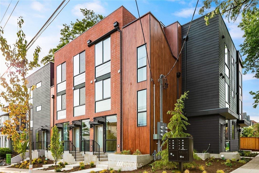 Photo of 1624 E Marion Street, Seattle, WA 98122 (MLS # 1784612)