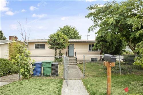 Photo of 8454 37th Avenue S, Seattle, WA 98118 (MLS # 1801613)