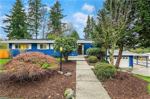 Photo of 2918 165th Avenue SE, Bellevue, WA 98008 (MLS # 1710614)