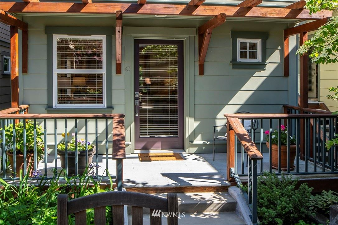Photo of 6318 5th Avenue NE #C, Seattle, WA 98115 (MLS # 1782614)