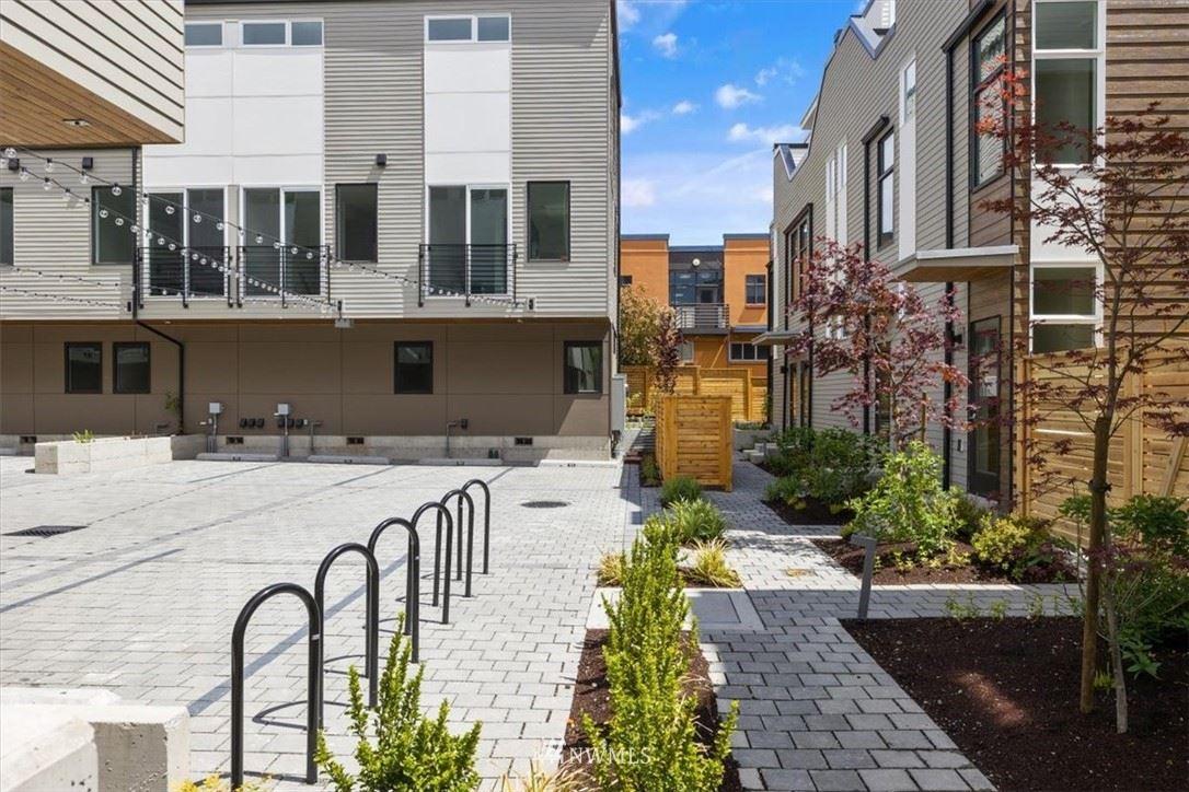 Photo of 1810 E Spruce Street, Seattle, WA 98122 (MLS # 1786614)