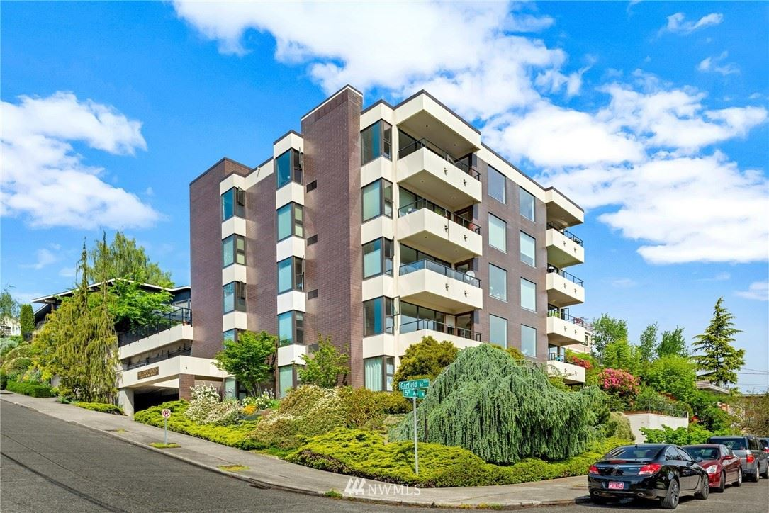 Photo of 1605 5th Avenue N #303, Seattle, WA 98109 (MLS # 1791614)
