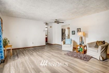 Photo of 13412 SE 278th Street, Kent, WA 98042 (MLS # 1763616)