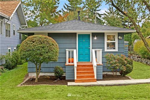 Photo of 321 NW 90th Street, Seattle, WA 98117 (MLS # 1681617)
