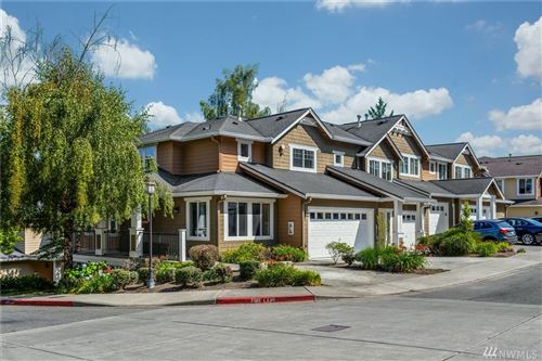 Photo of 5541 Lakemont Boulevard SE #803, Bellevue, WA 98006 (MLS # 1641618)