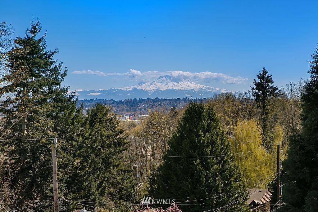 Photo of 5208 29th Avenue S, Seattle, WA 98108 (MLS # 1754618)