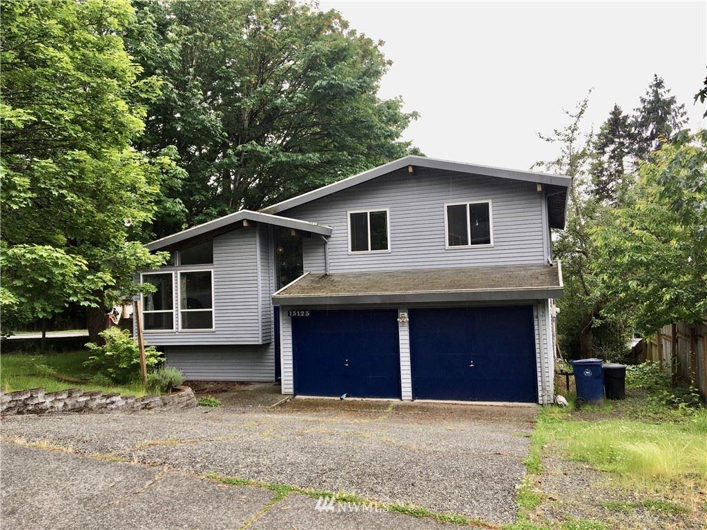 Photo of 13123 NE 134th Place, Kirkland, WA 98034 (MLS # 1614619)