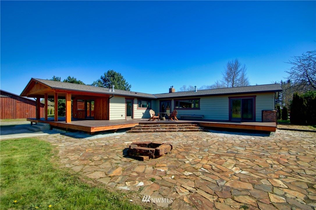 Photo of 15757 Bow Hill Road, Bow, WA 98232 (MLS # 1757622)