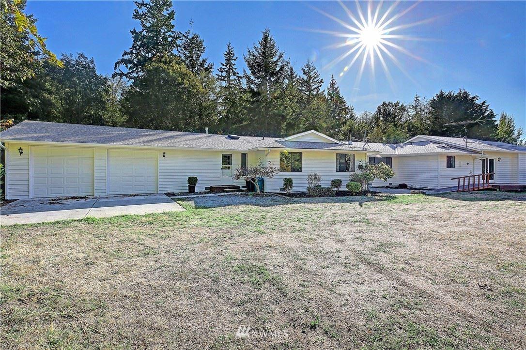 Photo of 375 SW Camano Drive, Camano Island, WA 98282 (MLS # 1838622)