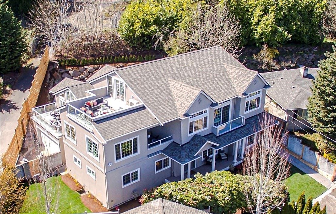 Photo of 2519 NE 105th Place, Seattle, WA 98125 (MLS # 1757623)