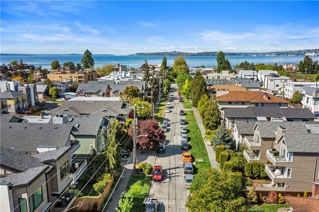 3049 60th Avenue SW #2, Seattle, WA 98116 - #: 1769624