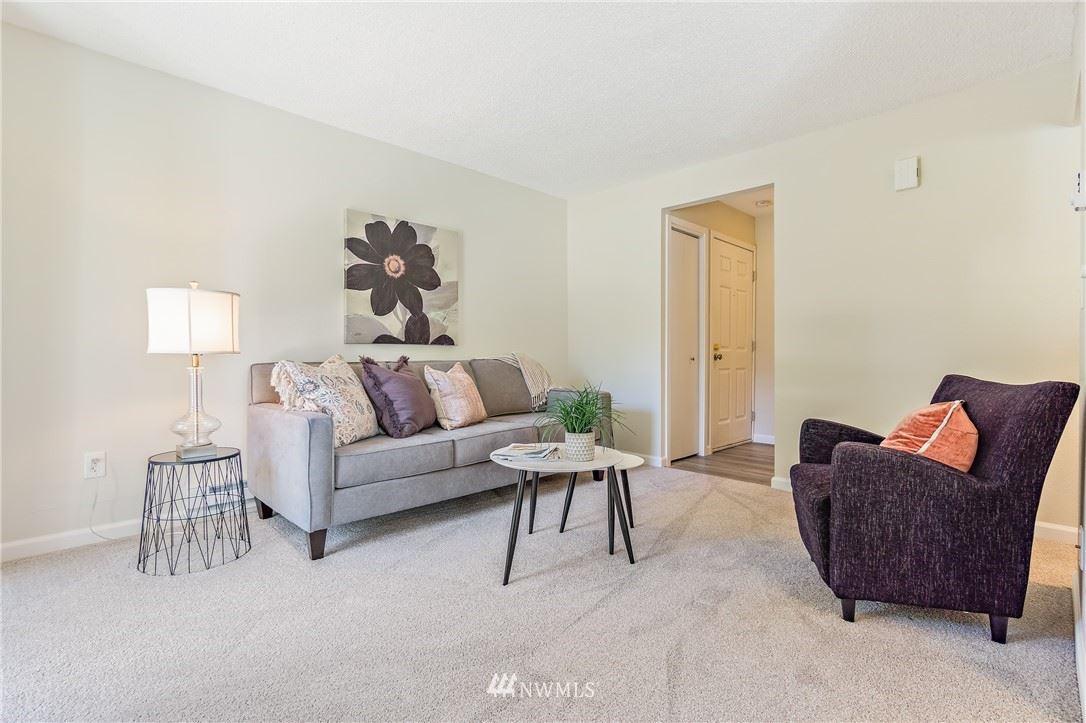 Photo of 3009 127th Place SE #C-11, Bellevue, WA 98005 (MLS # 1793625)