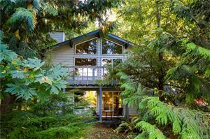 Photo of 39 Louise View Dr, Bellingham, WA 98229 (MLS # 1531626)