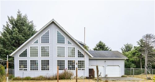 Photo of 132 NW Frigate St NW, Ocean Shores, WA 98569 (MLS # 1642628)