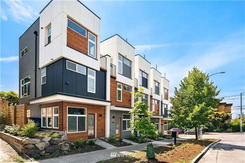 Photo of 301 N 46th Street #E, Seattle, WA 98103 (MLS # 1679628)