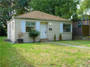 Photo of 8137 34th Ave SW, Seattle, WA 98126 (MLS # 1520631)