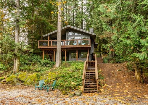 Photo of 7021 Olympus Way, Glacier, WA 98244 (MLS # 1683633)