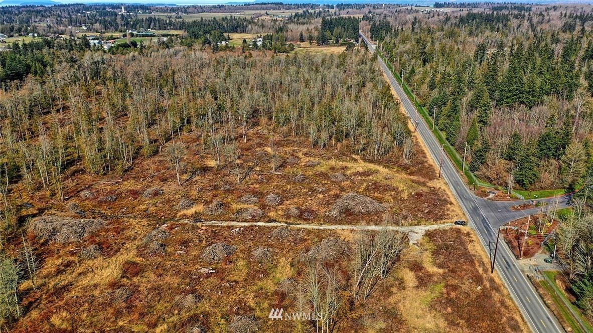 Photo of 12480 Farm to Market Road, Mount Vernon, WA 98273 (MLS # 1752633)