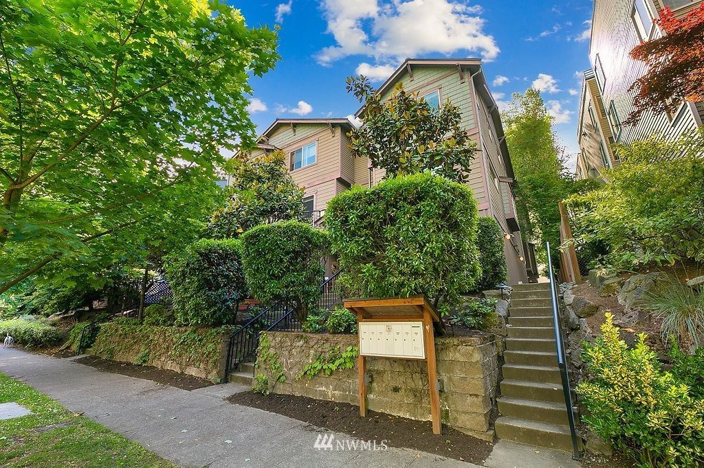 1715 18th Avenue, Seattle, WA 98122 - #: 1789633