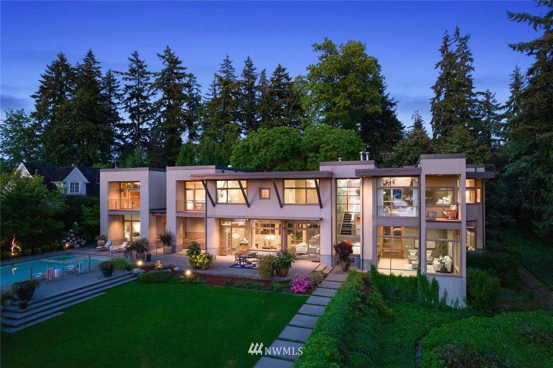 Photo of 453 94th Avenue SE, Bellevue, WA 98004 (MLS # 1779634)