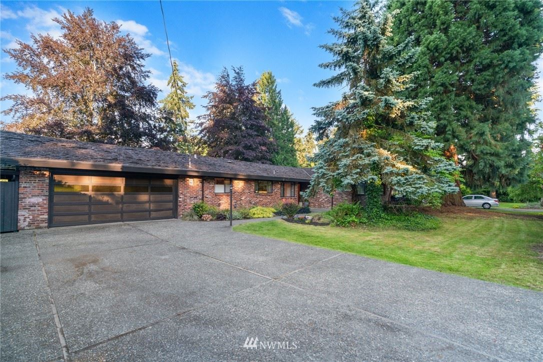 Photo of 634 131st Avenue NE, Bellevue, WA 98005 (MLS # 1776635)