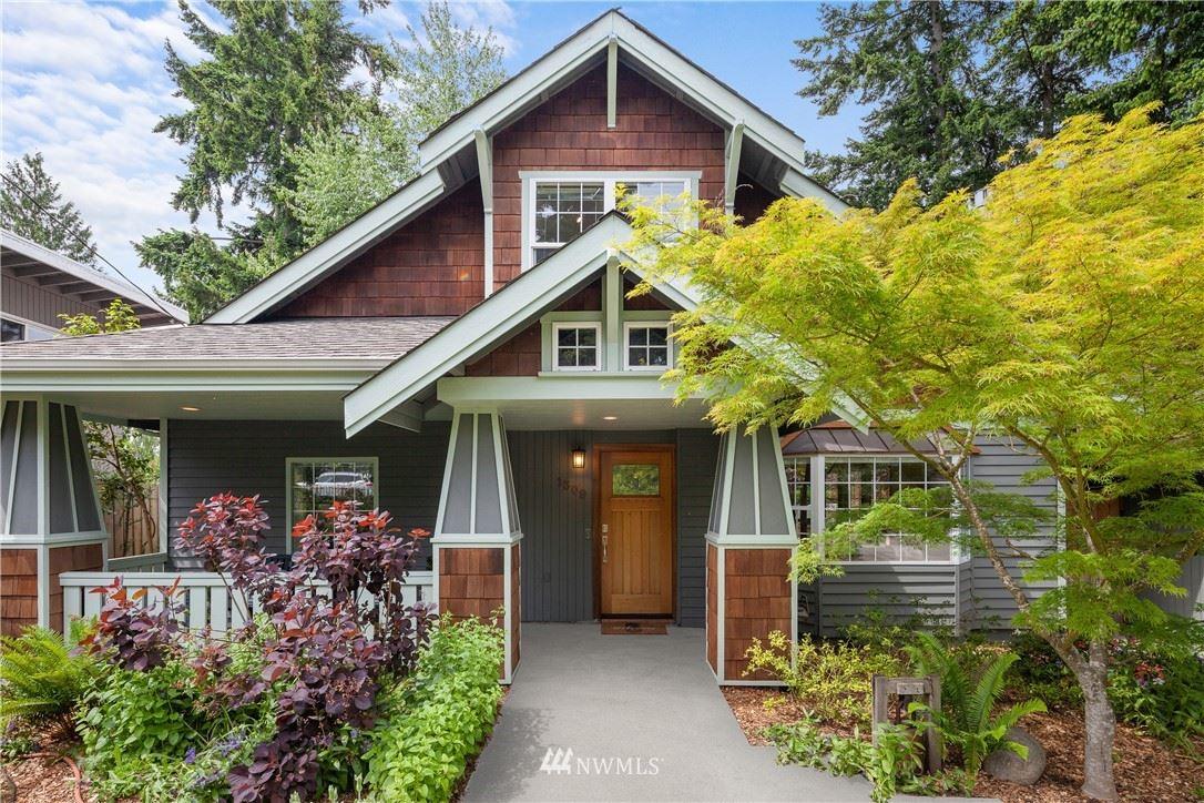 Photo of 1309 144th Avenue SE, Bellevue, WA 98007 (MLS # 1783635)