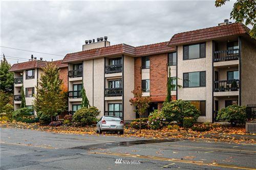 Photo of 3207 Colby Avenue #102, Everett, WA 98201 (MLS # 1854636)