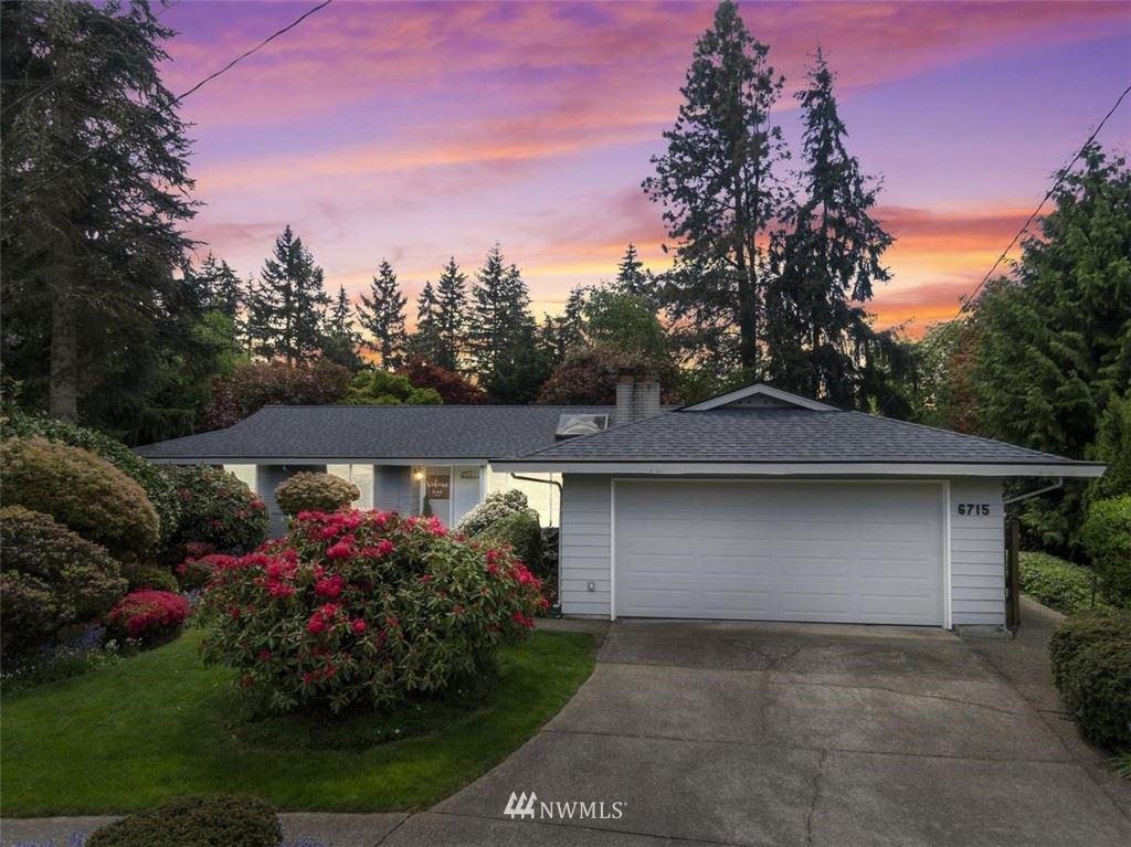 Photo of 6715 121st Place SE, Bellevue, WA 98006 (MLS # 1777636)