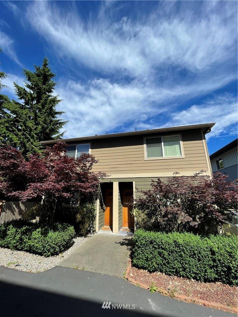 9541 Interlake Avenue N #C, Seattle, WA 98103 - #: 1795636