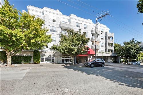 Photo of 520 2nd Avenue W #403, Seattle, WA 98119 (MLS # 1640637)