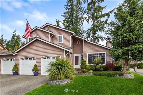 Photo of 22012 SE 277th Street, Maple Valley, WA 98038 (MLS # 1756637)