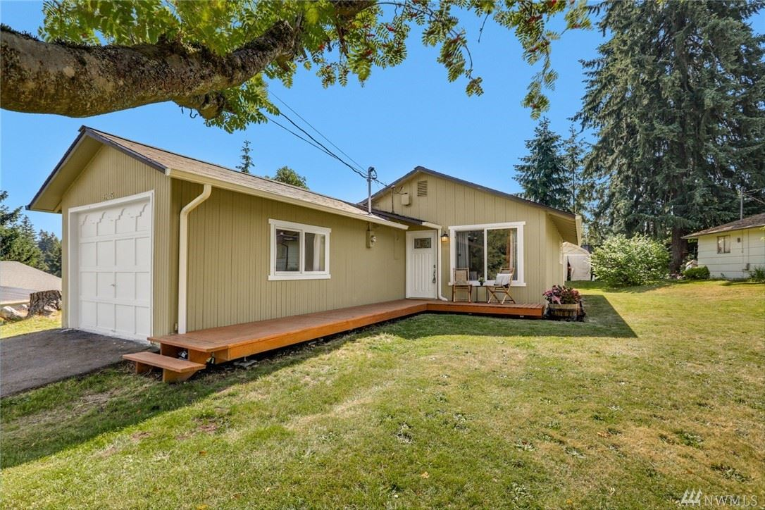 Photo of 22405 62nd Avenue W, Mountlake Terrace, WA 98043 (MLS # 1628637)