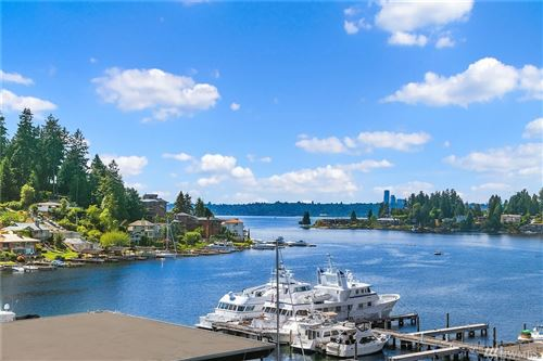 Photo of 9951 Lake Washington Blvd NE #34, Bellevue, WA 98004 (MLS # 1636640)