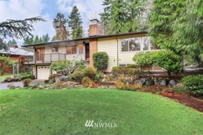 Photo of 143 129th Avenue NE, Bellevue, WA 98005 (MLS # 1752640)