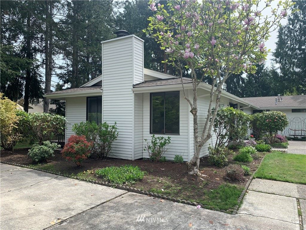 Photo of 1009 S 246th Place, Des Moines, WA 98198 (MLS # 1765640)