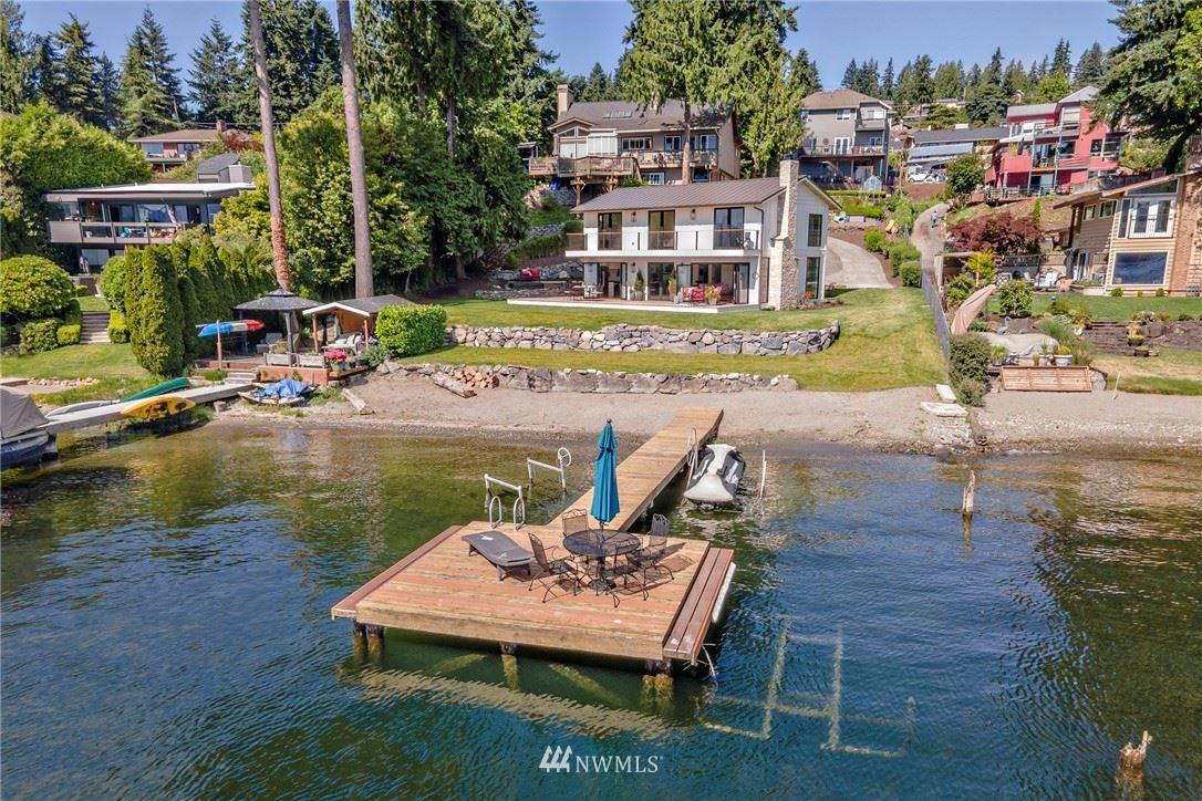 Photo of 2460 W Lake Sammamish Parkway SE, Bellevue, WA 98008 (MLS # 1795642)