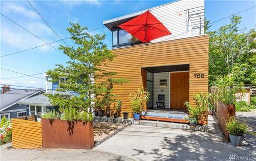 Photo of 706 W Howe St, Seattle, WA 98119 (MLS # 1623643)