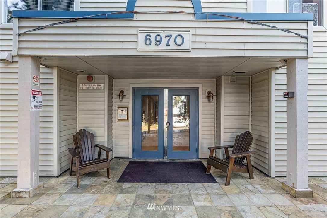 Photo of 6970 California Avenue SW #B-102, Seattle, WA 98136 (MLS # 1784643)