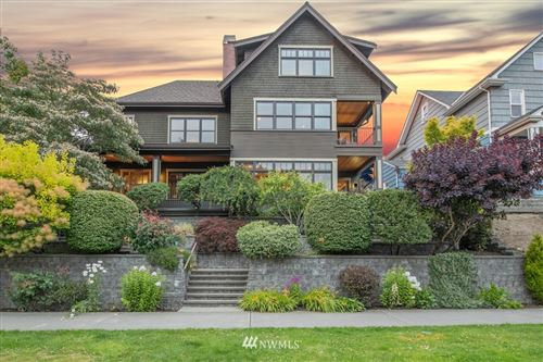 Photo of 7658 E Green Lake Drive N, Seattle, WA 98103 (MLS # 1694644)