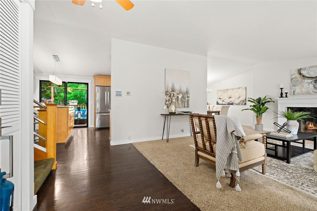 Photo of 4207 130th Place SW, Mukilteo, WA 98275 (MLS # 1754644)