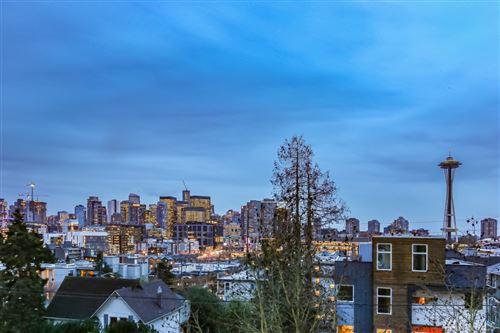 Photo of 514 Ward St #102, Seattle, WA 98109 (MLS # 1550646)